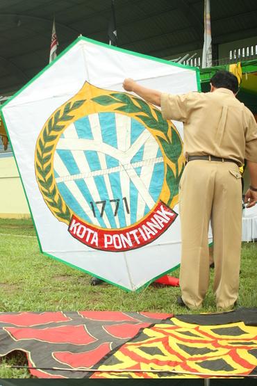 Layang-Layang Logo Kota Pontianak